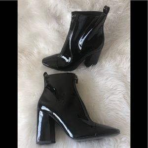 NWOT Kendall + Kylie Patent Black Boots 8